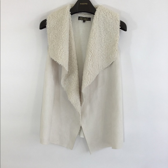 Absolutely Famous Jackets & Blazers - ABSOLUTELY FAMOUS Cream Faux-Lambskin Vest